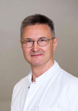 Foto von OA Dr. Robert Müller